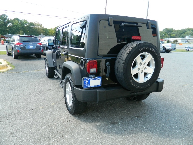 Jeep Wrangler Unlimited 2013 price $20,850