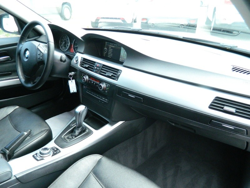 BMW 3-Series 2011 price $9,750