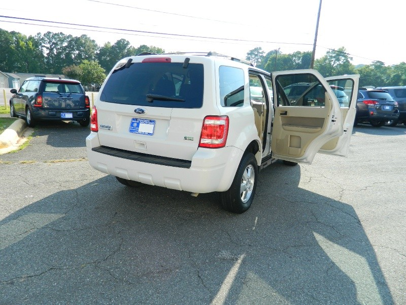 Ford Escape 2011 price $8,495