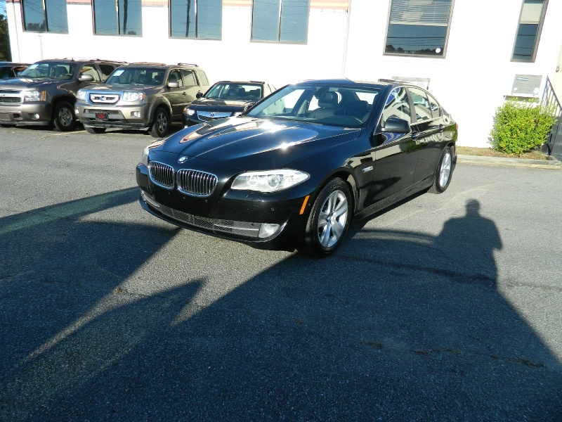 BMW 5-Series 2012 price $11,995
