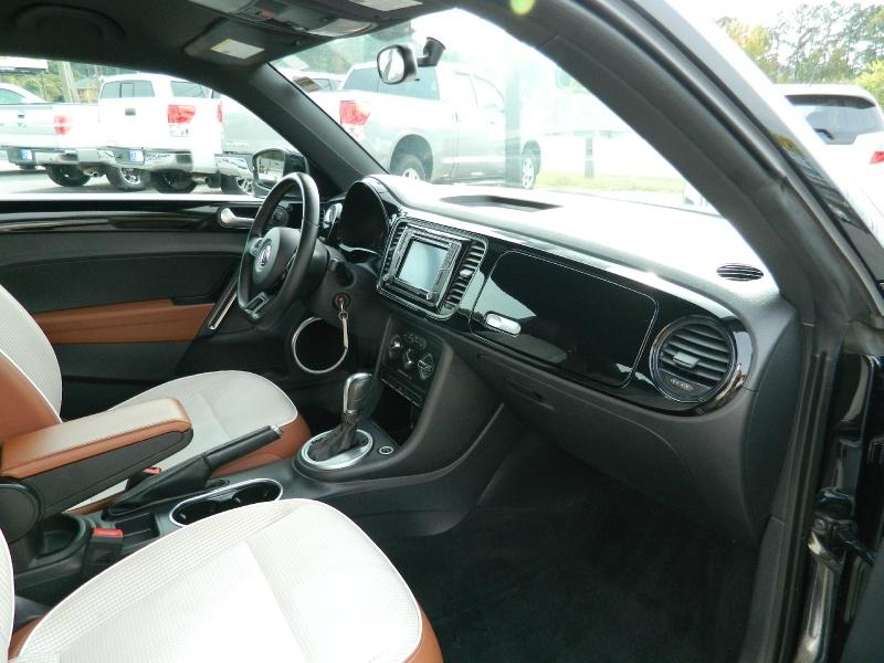 Volkswagen Beetle 2016 price $11,850