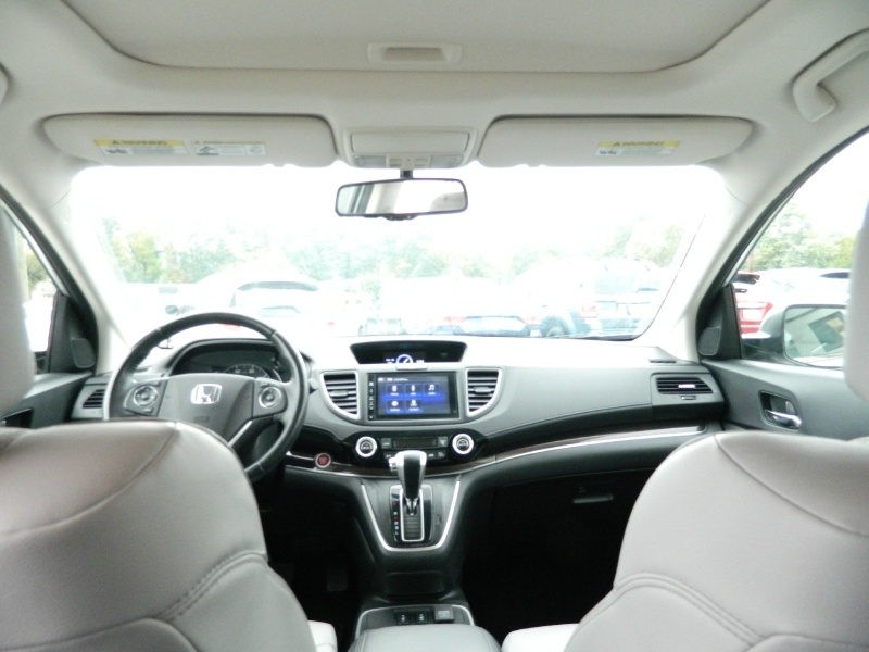 Honda CR-V 2015 price $15,995