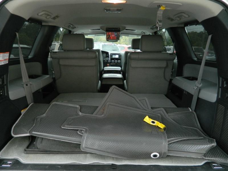 Toyota Sequoia 2018 price $47,460