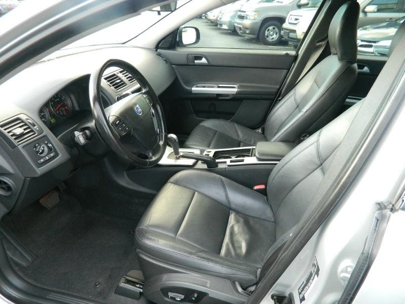 Volvo S40 2010 price $5,995