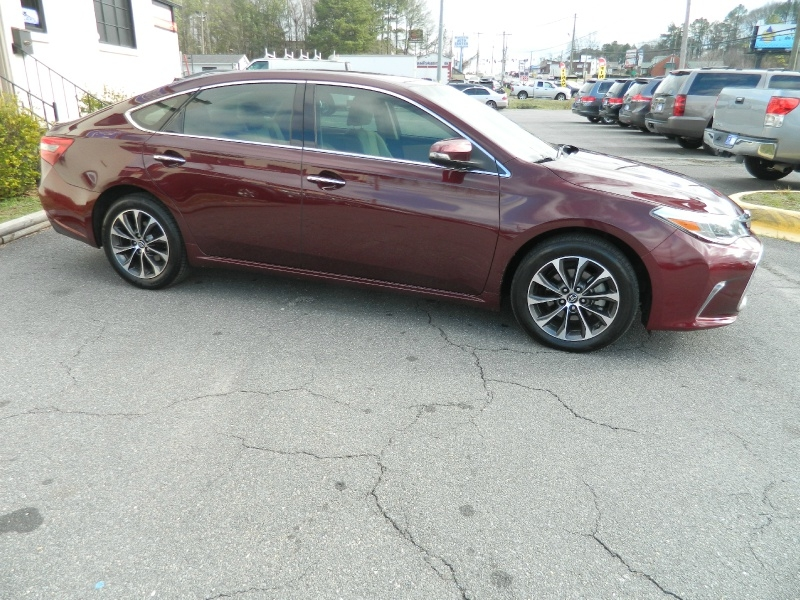 Toyota Avalon 2016 price $14,995