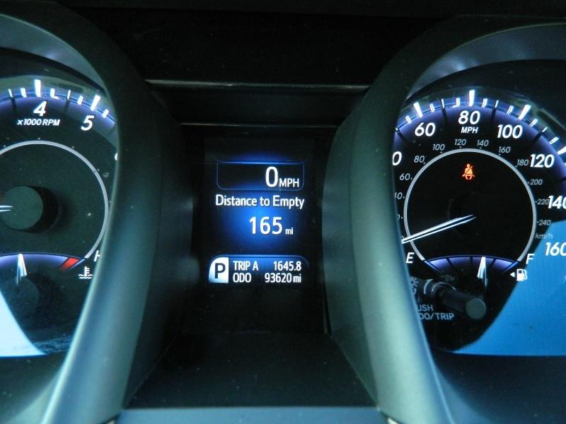 Toyota Avalon 2016 price $15,995