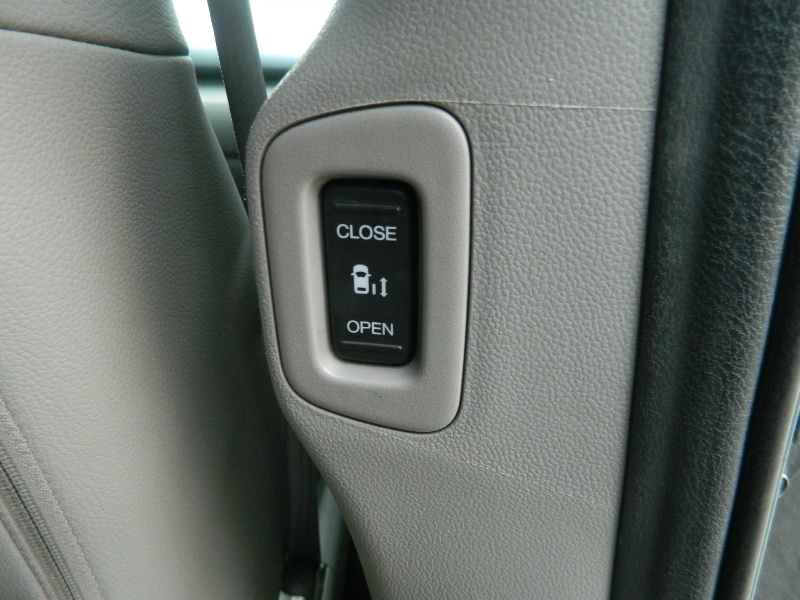 Honda Odyssey 2012 price $12,495