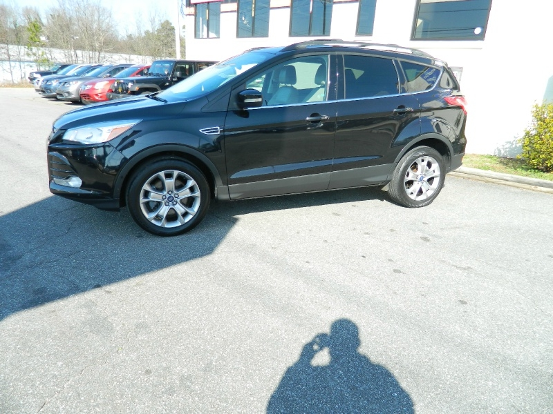 Ford Escape 2013 price $9,995