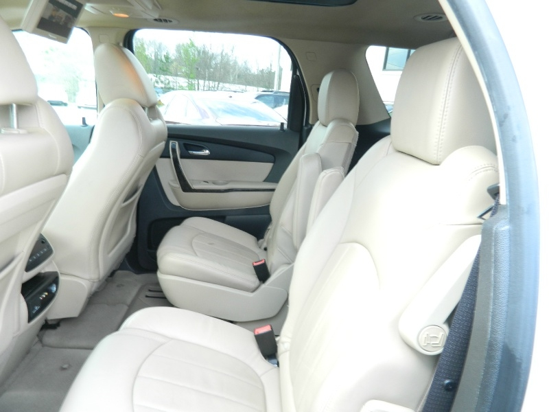 GMC Acadia 2012 price $13,495