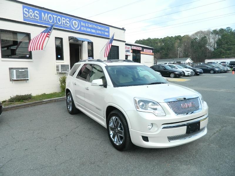 GMC Acadia 2012 price $13,995