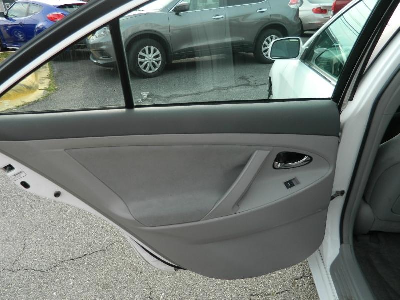 Toyota Camry 2010 price $7,995