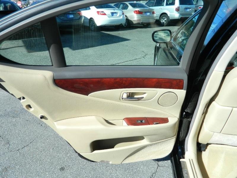Lexus LS 460 2008 price $10,750