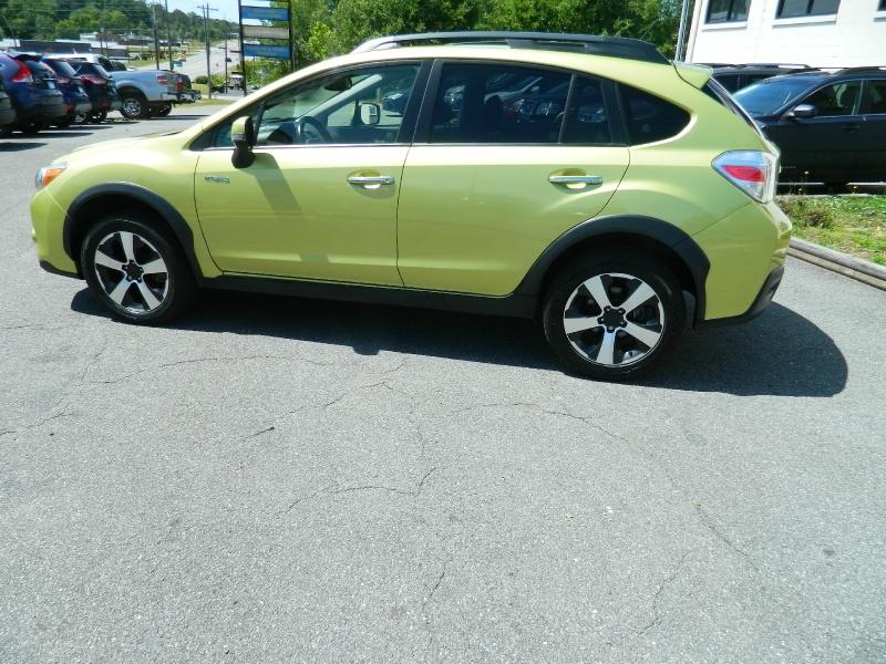 Subaru XV Crosstrek Hybrid 2014 price $13,930