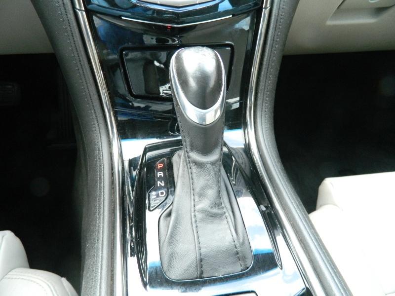 Cadillac ATS Sedan 2015 price $13,750