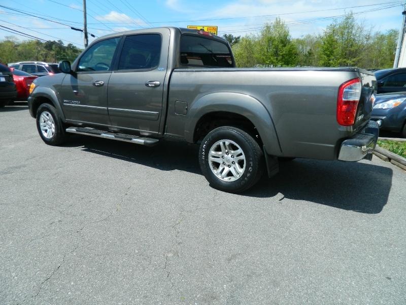 Toyota Tundra 2004 price $6,995