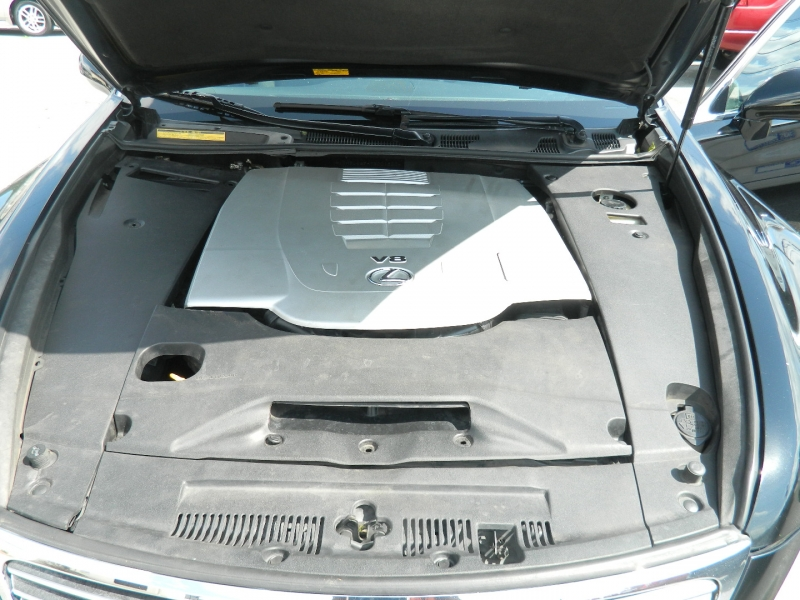 Lexus LS 460 2007 price $9,995