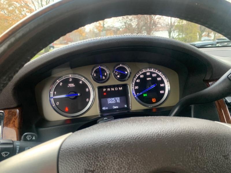 Cadillac Escalade 2011 price $19,999