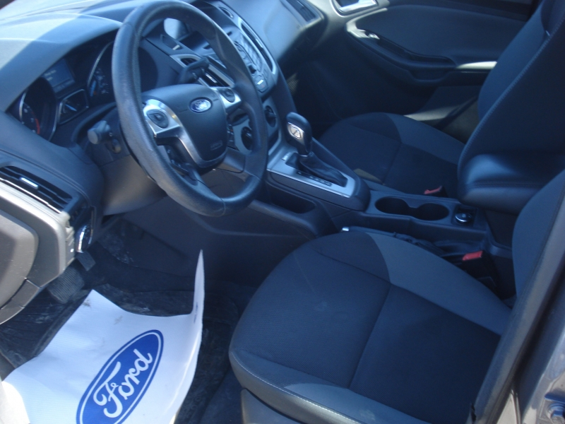 Ford Focus 2012 price $5,990