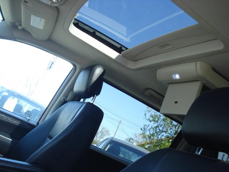 Dodge Grand Caravan 2014 price $10,990