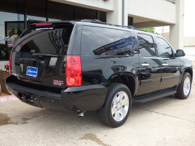GMC Yukon XL 2011 price $18,990
