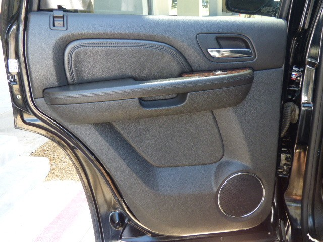 GMC Yukon Denali 2009 price $24,990