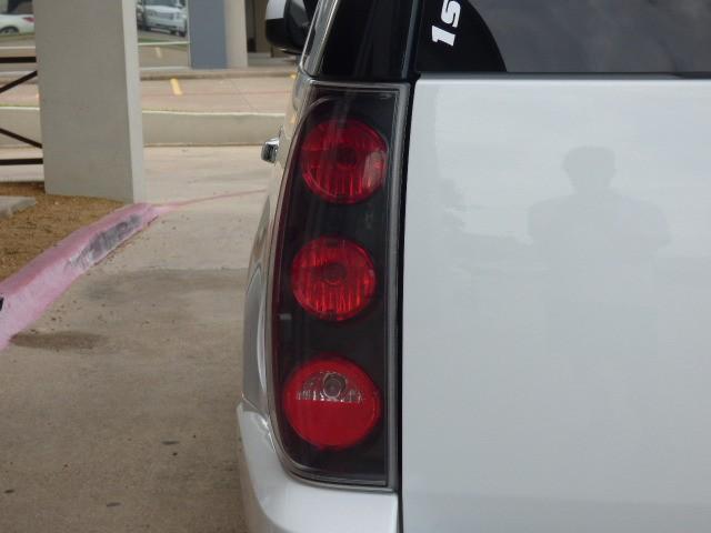 GMC Yukon Denali 2008 price $19,990