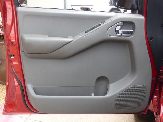 Nissan Frontier 2013 price $15,990
