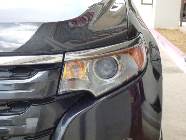 Ford Edge 2013 price $18,990