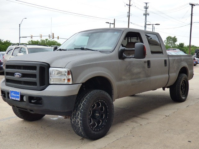 Ford Super Duty F-250 2006 price $19,990