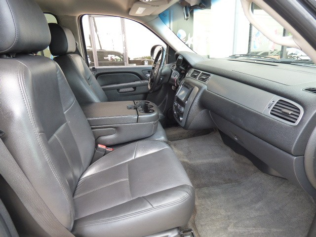 Chevrolet Tahoe 2010 price $17,990