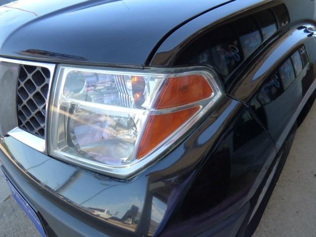 Nissan Frontier 2007 price $12,990