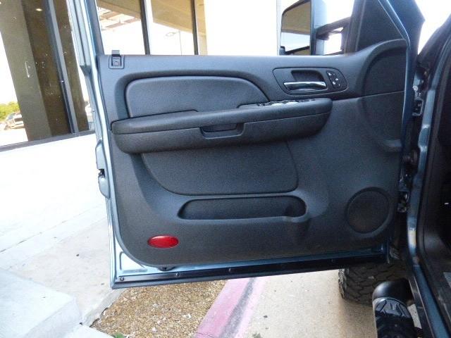 Chevrolet Suburban 2008 price $24,990