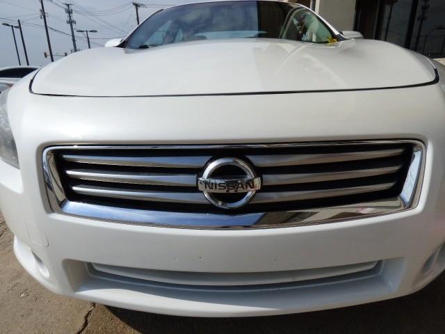Nissan Maxima 2013 price $18,990