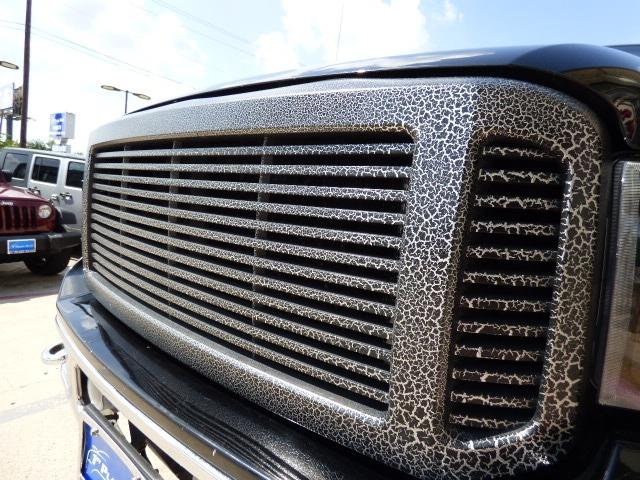 Ford Super Duty F-250 2006 price $28,990