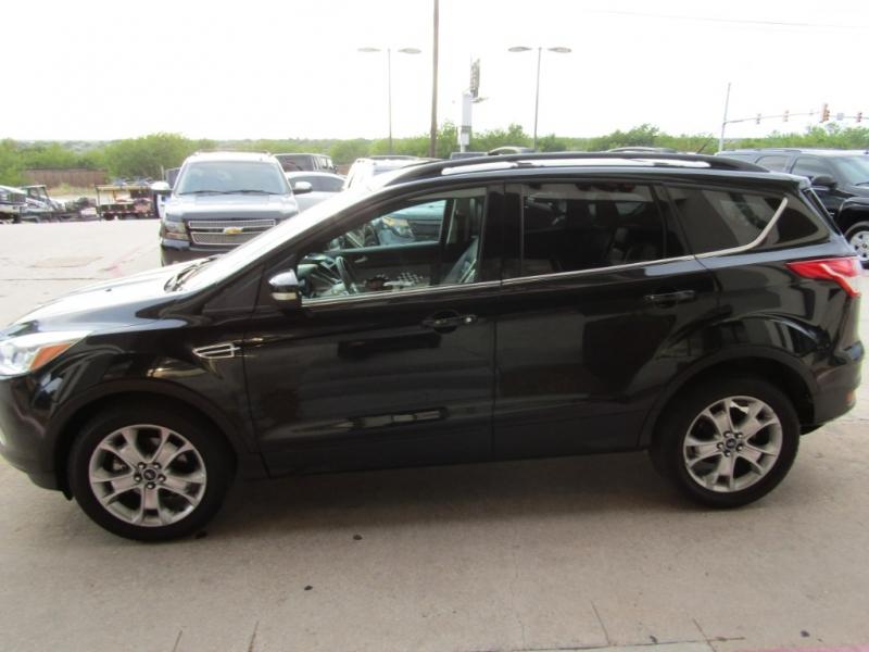 Ford Escape 2013 price $16,990