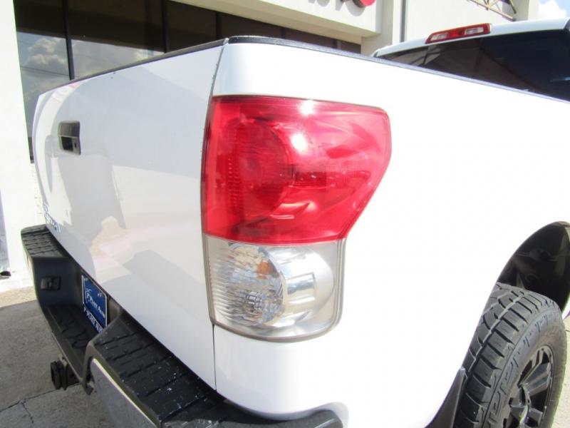 Toyota Tundra 2007 price $15,990