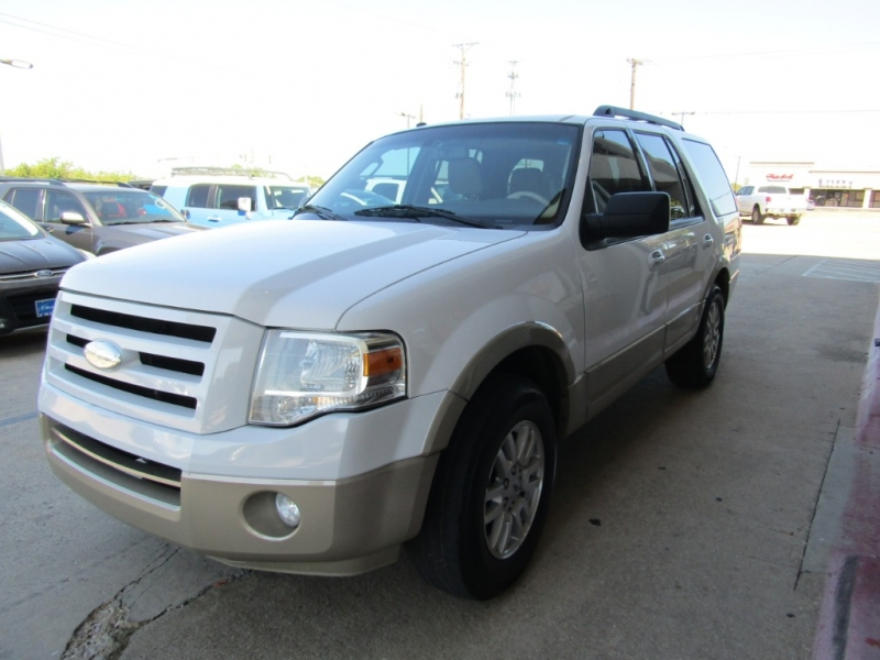 Ford Expedition 2009 price $16,990