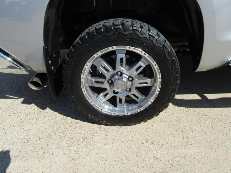 Toyota Tundra 2WD 2017 price $29,990
