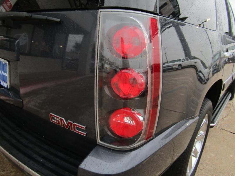 GMC Yukon Denali 2008 price $18,990