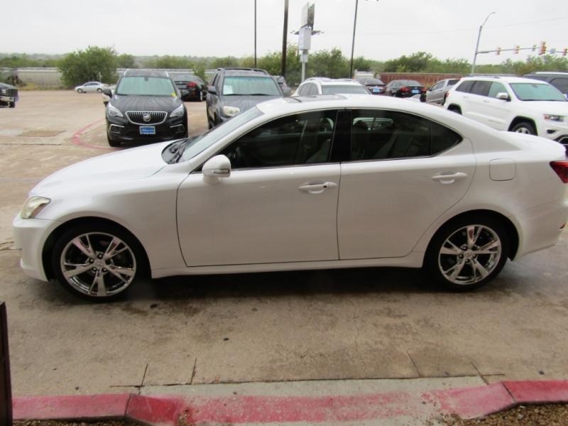 Lexus IS 250 2009 price $14,990