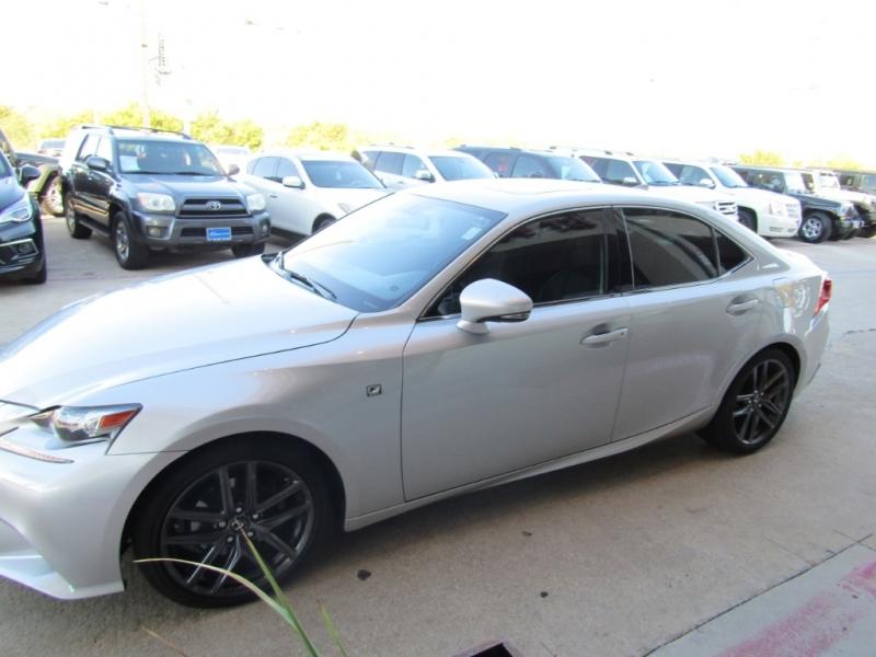 Lexus IS 250 2015 price $24,990