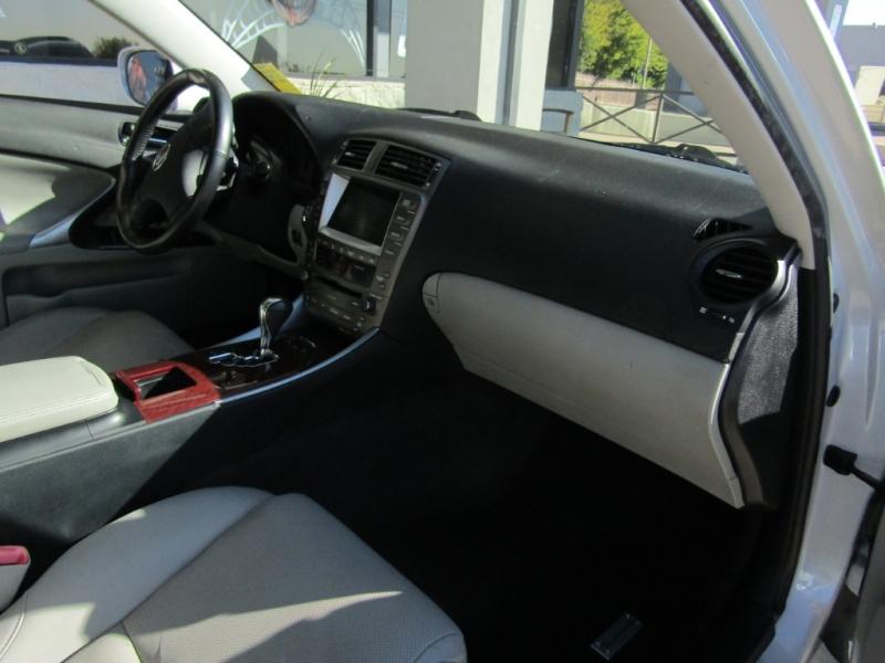 Lexus IS 250 2007 price $15,990