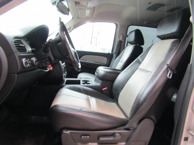 Chevrolet Avalanche 2007 price $20,990