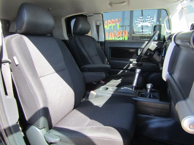 Toyota FJ Cruiser 2007 price CALL FOR PRICE