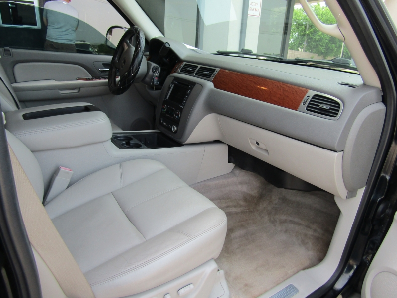 GMC Yukon 2008 price CALL FOR PRICE