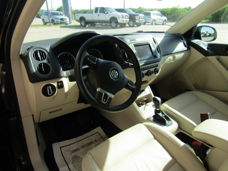 Volkswagen Tiguan 2017 price CALL FOR PRICE