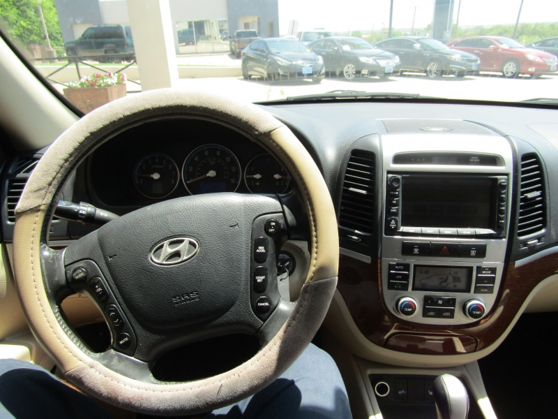 Hyundai Santa Fe 2008 price CALL FOR PRICE