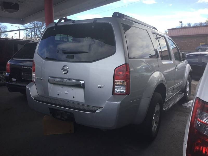 Nissan Pathfinder 2006 price $5,500