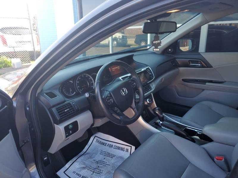 Honda Accord 2013 price $11,999