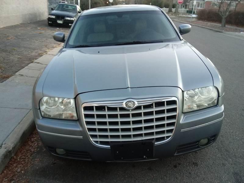 Chrysler 300 2007 price $6,500